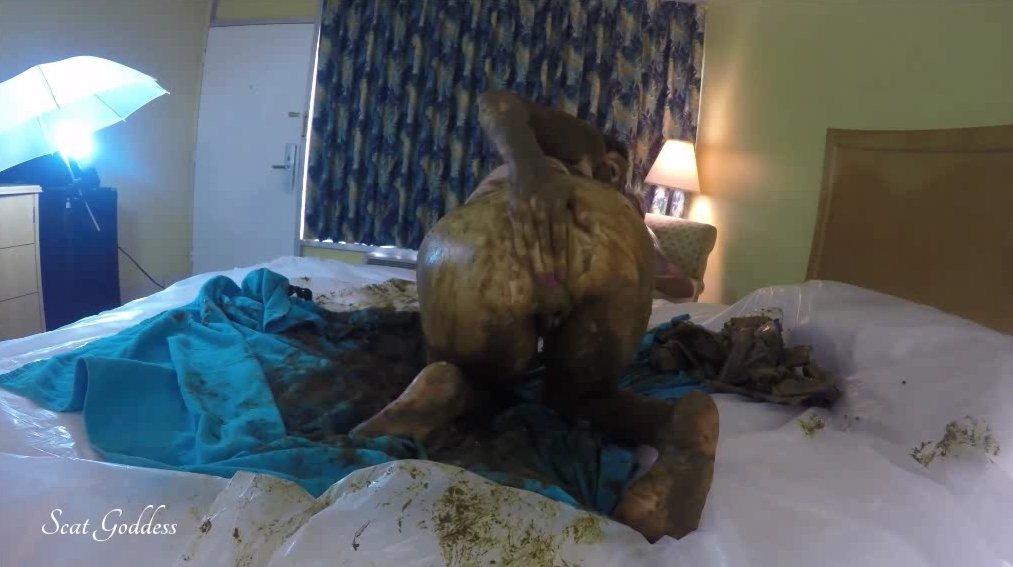 Exclusive Scat Video From Scat Goddess Amanda (576p) 6